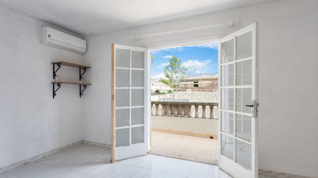 Doppelhaushälfte mit Teilmeerblick in Portals Nous (15)