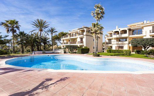 Chalet mit Garten in Anlage mit Pool in Santa Ponsa, Mallorca (3)