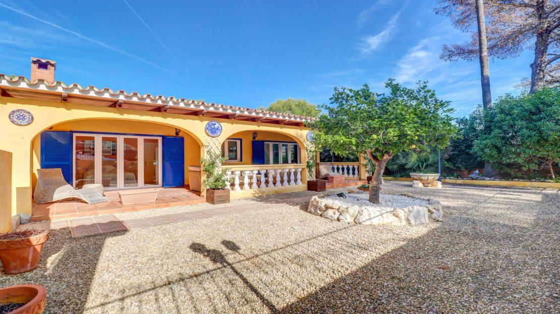 Mallorquinische Villa mit Pool in Costa de la Calma (23)