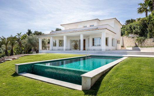 Sanierte Villa mit Pool und Garten in Nova Santa Ponsa, Mallorca (4)