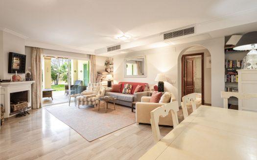 Garten Wohnung in Anlage mit Pool in Bendinat nahe Palma (2)